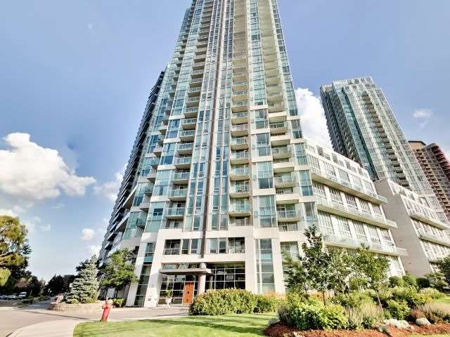 1 Bed Condo, 220 Burnhamthorpe Rd W, Mississauga