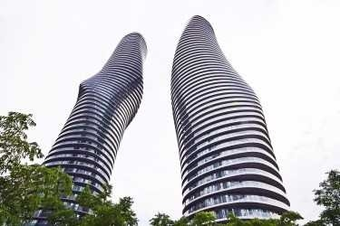 2 Bed Condo, 60 Absolute Ave, Mississauga
