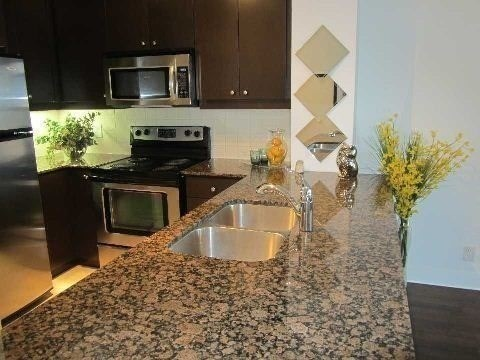 3 Bed Condo, 60 Absolute Ave, Mississauga