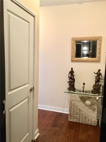 1 Bed Condo, 80 Absolute Ave, Mississauga
