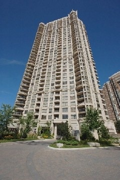 2 Bed Condo, 310 Burnhamthorpe Rd W, Mississauga